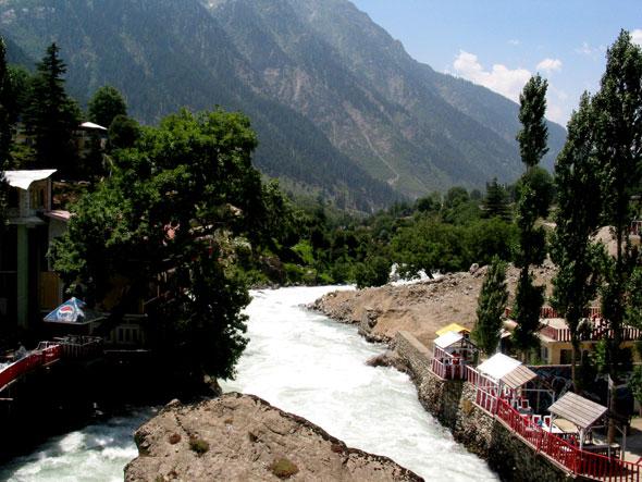 go back The village of Ushu in Ushu valley.